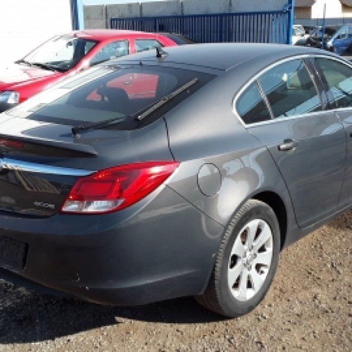 Dezmembrez Opel Insignia, an 2010,2.0 cdti