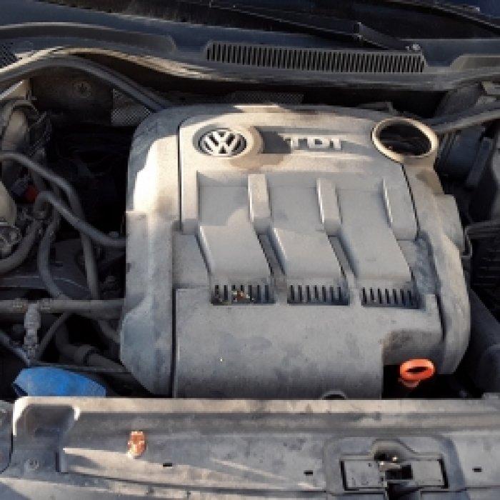 Dezmembrez Volkswagen Polo, an 2011
