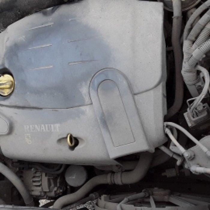 Dezmembrez Renault Kangoo, an fabricatie 2004