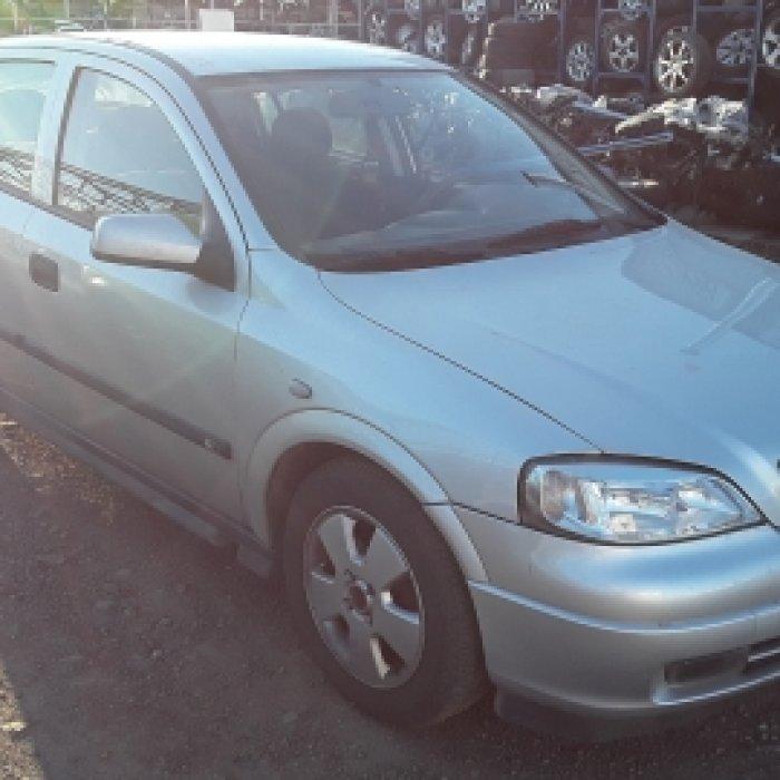 Dezmembrez Opel Astra G  , an 2001, motorizare 1.4 16V