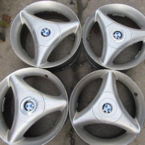 Jenti de aliaj BMW 15
