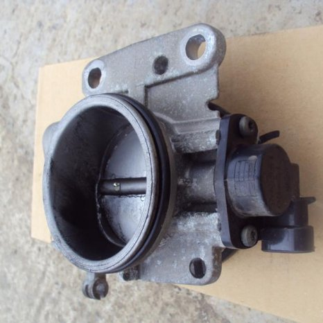 clapeta acceleratie gama renault 16 valve an 1998-2002