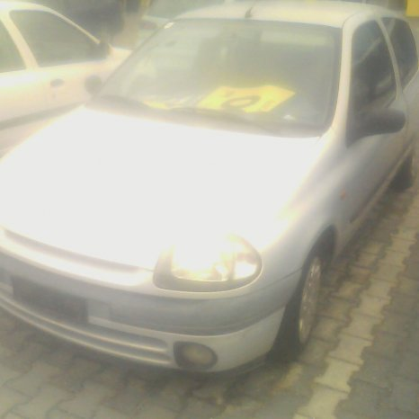 Renault Clio COUPE functional , pentru piese