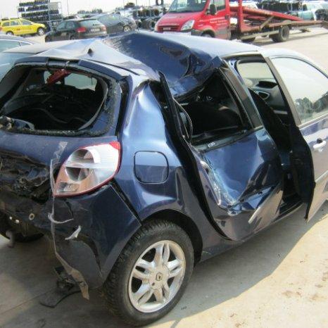 Dezmembrez Renault Clio, an 2007