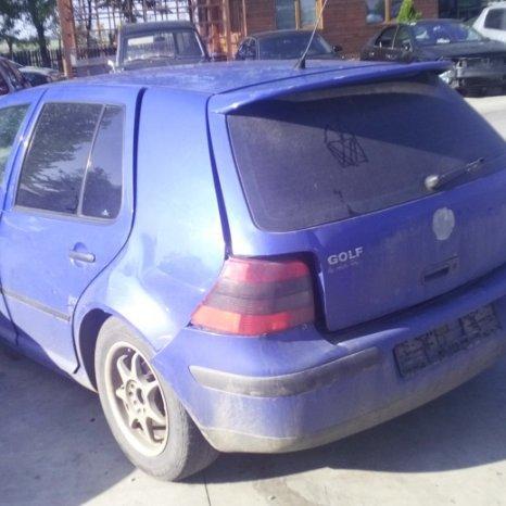 Dezmembrez Volkswagen Golf, an 1998
