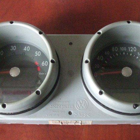 Ceasuri bord Volkswagen Polo 6N2