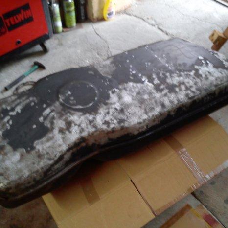 Reparatii lipire rezervoare auto moto