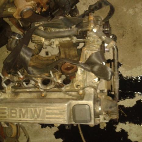vand din dezmembrari motor de BMW 318