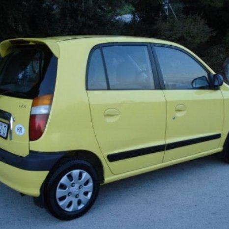 Dezmembrez Hyundai Atos 2001