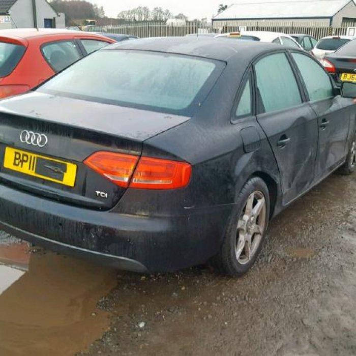 Dezmembrez Audi A4 B8 Motor 2.0 Diesel An 2011