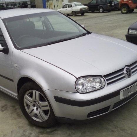 Dezmembrez Volkswagen Golf, an 2003