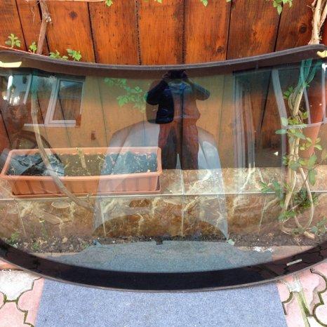 Parbriz BMW E46 seria 3 cu parasolar,senzori ploaie si lumina