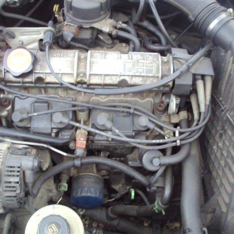 cutie viteze renault laguna 1 motor 1800 si 2000 cm3 8 valve