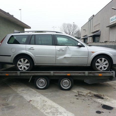 Dezmembrez Ford Mondeo 2000 diesel 1999-2002