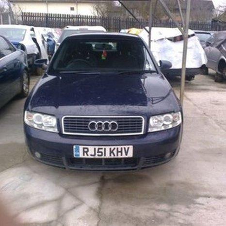 Audi A4, 2001, albastru inchis