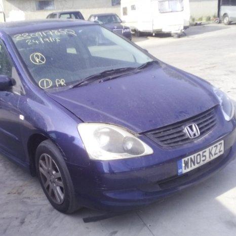 Dezmembrez Honda Civic, an 2005