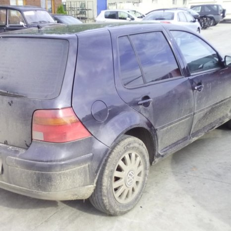 Dezmembrez Volkswagen Golf, an 2000,