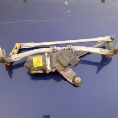 Ansamblu stergatoare parbriz Renault Megane 2 cod 8200036921