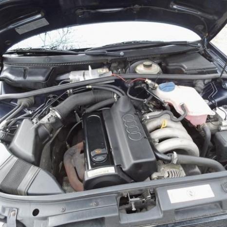vand usi audi a4 motor 1.6 benzina an 1998