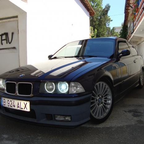 Dezmembrez BMW E36 orice piesa