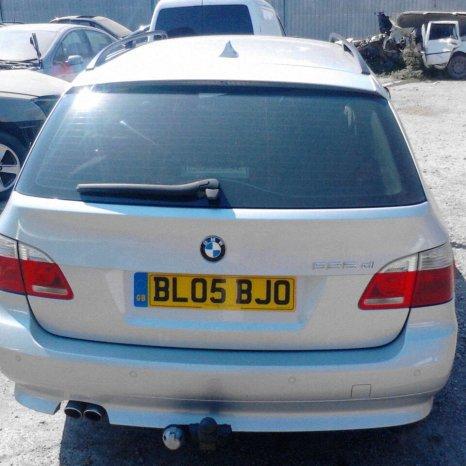 Dezmembrez BMW E61 525d din 2005