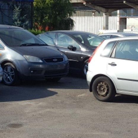 Dezmembrari auto : Piese de motor, mecanica, electrica , elemente
