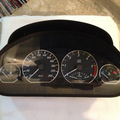 Ceasuri bord cu inele cromate originale BMW E46 320d Facelift