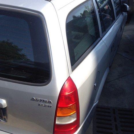 Dezmembrez Opel Astra G 1.7td