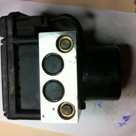 Vand Centrala ABS Vw Golf 4 motor 1,4 16 valve