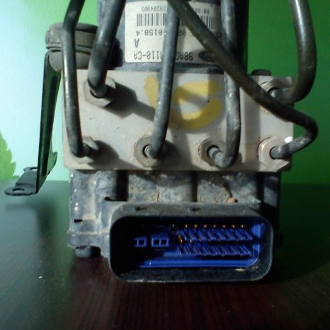 pompa abs ford focus 1 2001