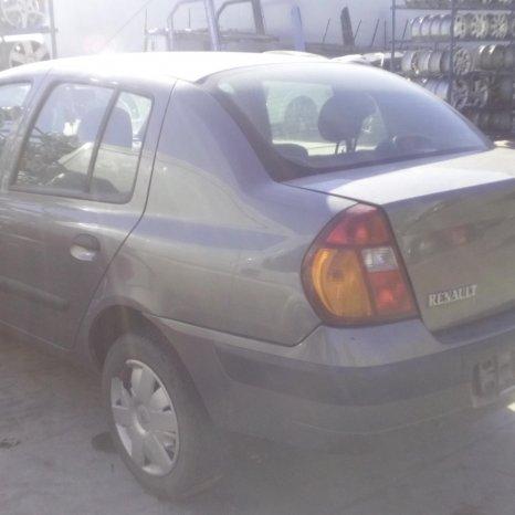 Dezmembrez Renault Clio, an 2003
