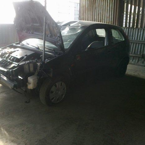 Dezmembrez Ford Fiesta 1,25 2005