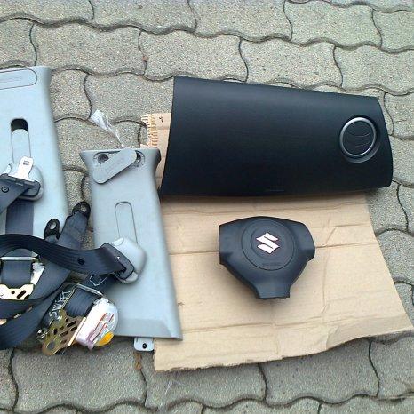 Vindem kit de airbag pentru SUZUKI SWIFT, 2006.