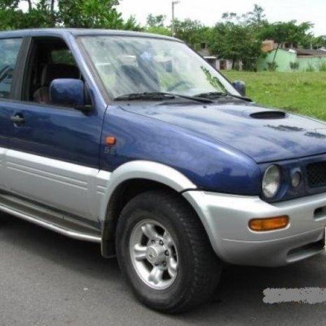 Dezmembrez Nissan Terrano II, anul 1998
