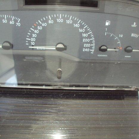 ceasuri bord renault laguna 1 facelift an 2000 motor 1800 cm3