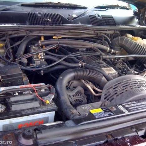 dezmembrez jeep grand cherokee 4000 benzina+gpl