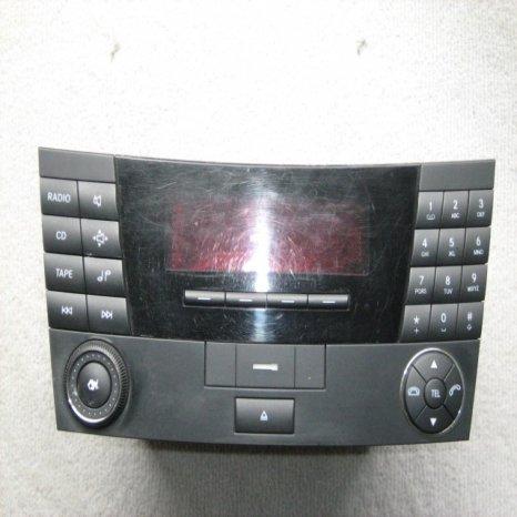 Radiocasetofon Mercedes W 211