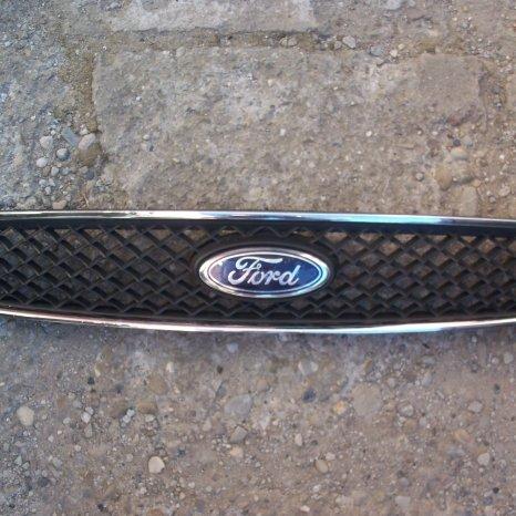 Grila fata Ford Fusion