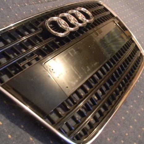 Grila Audi q7 S-Line 2008