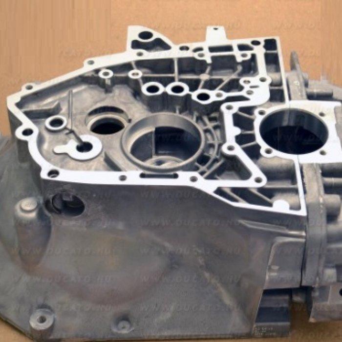 Carcasa si capac cutie de viteze Fiat Ducato 2.3 2006 MLGU 6 trepte