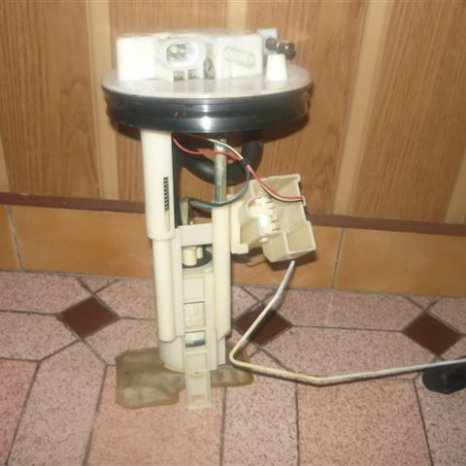 pompa benzina renault laguna 1