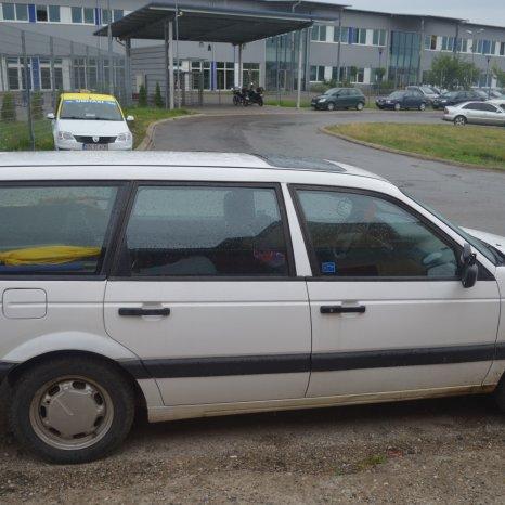 Vand piese de masina Volswagen Passat model 1994