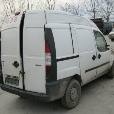 Dezmembrez Fiat Doblo, an 2002
