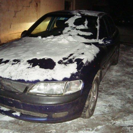 Dezmembrez mai multe modele de Opel Vectra B