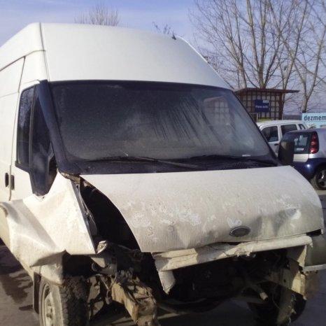 Dezmembrez Ford Transit, an 2002,