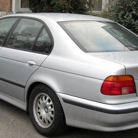 Dezmembrez orice piesa BMW E39 520 523 525 530