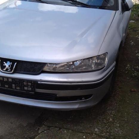 Dezmembrez Peugeot 406 2.0 hdi elemente caroserie