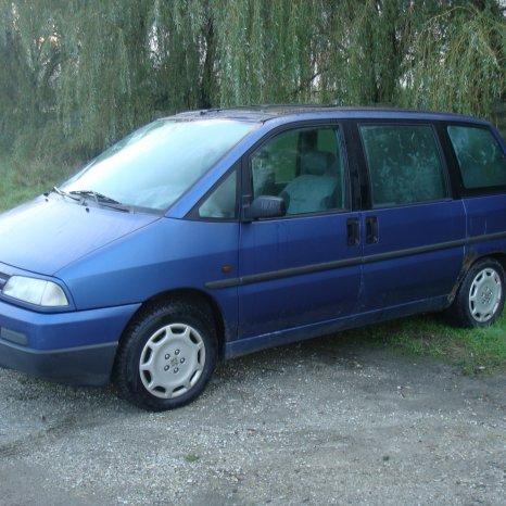 Dezmembrez Peugeot 806 2.0 benzina 1996 euro 2