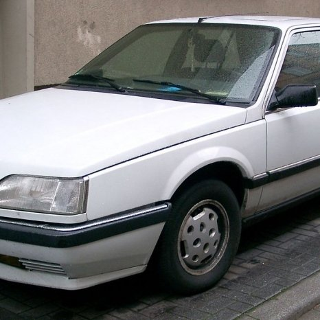 dezmembrez Renault 25