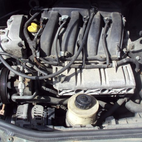suport motor renault scenic an 2002